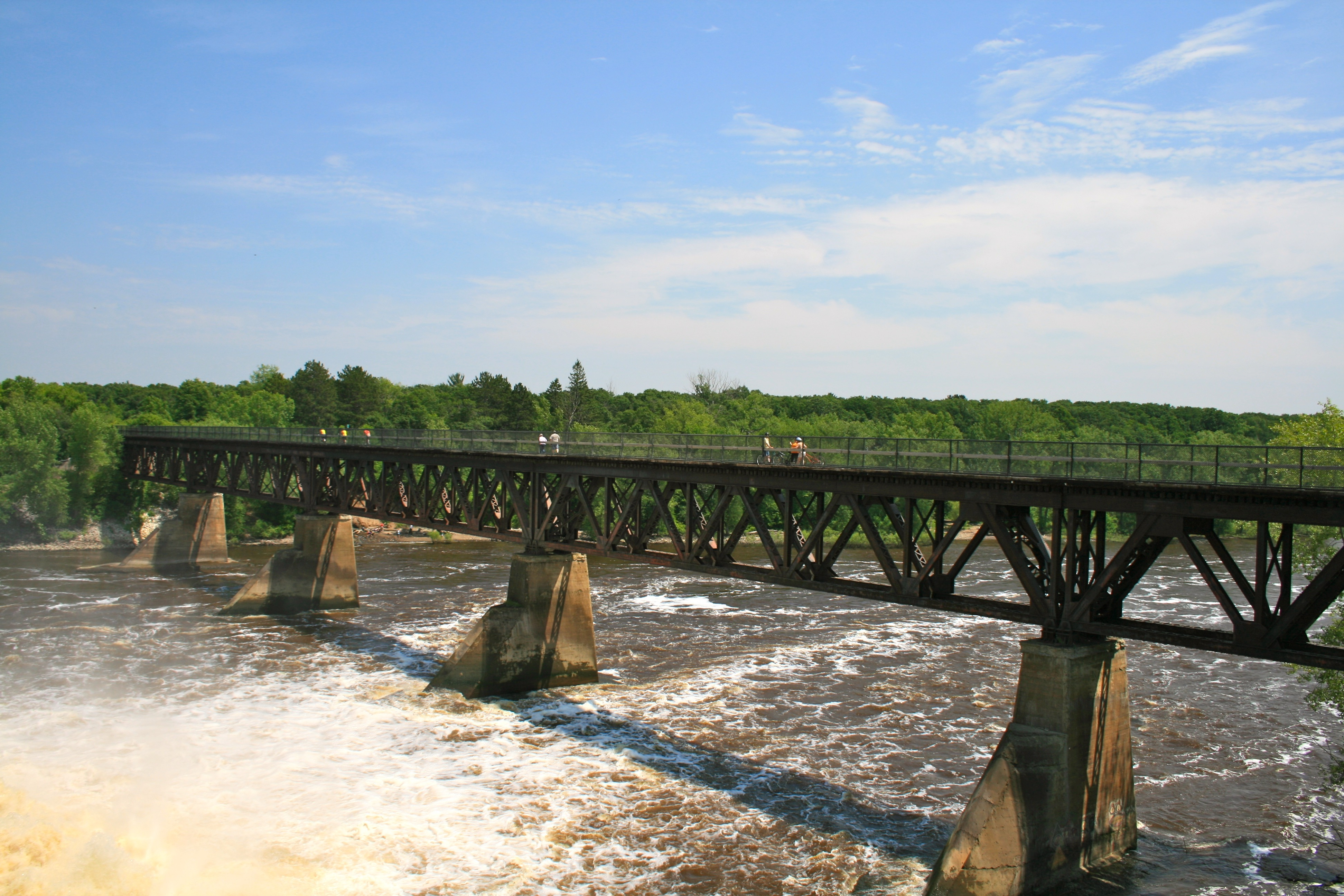 The Mississippi River crossing at Blanchard Dam
